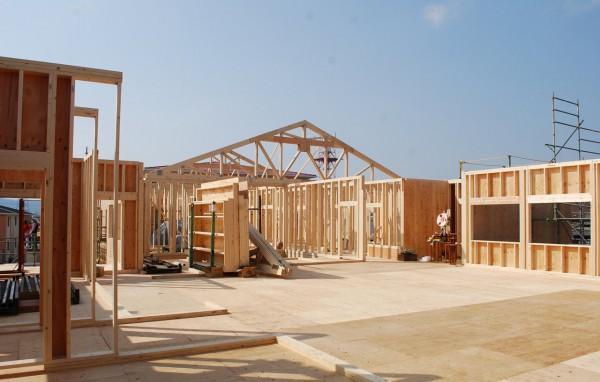 木質トラス構造